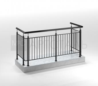 Ограждения из черного металла для балконов и парапетов